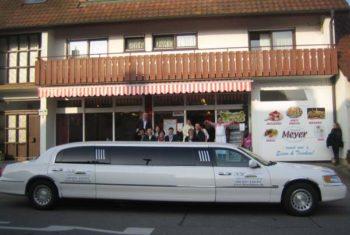 limousine mieten in freiburg für Restaurantbesuch